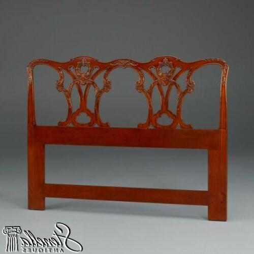 40360 chippendale design carved mahogany queen bed